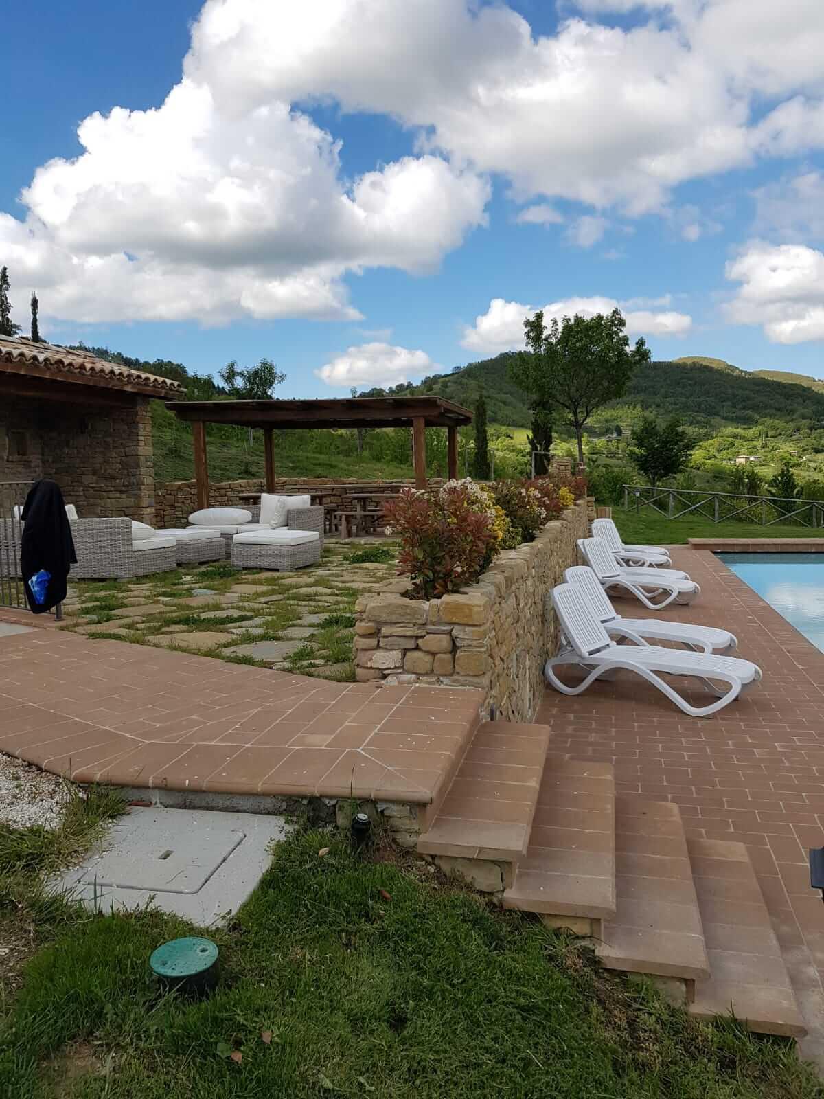 Assisi 4-6 gennaio - La piscina dell'Agriturismo Paradiso44